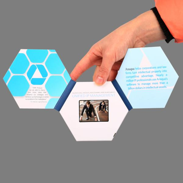 Video brochure hexagonal 2,4""